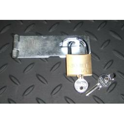 "Heavy Duty Door Gate Hasp & Staple & Padlock Sizes 3"" 4"" 6"" inch Zinc Security"